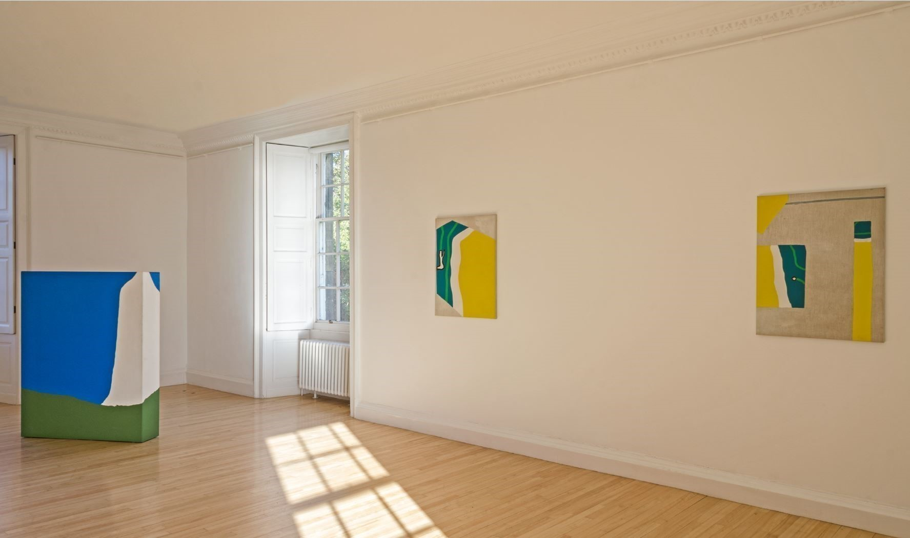 Installation shot Raoul De Keyser: Paintings 1967 to 2013. Image by Michael Wolchover